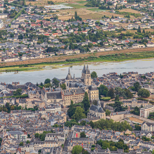 En montgolfière, visiter autrement le patrimoine de Blois, ville royale
