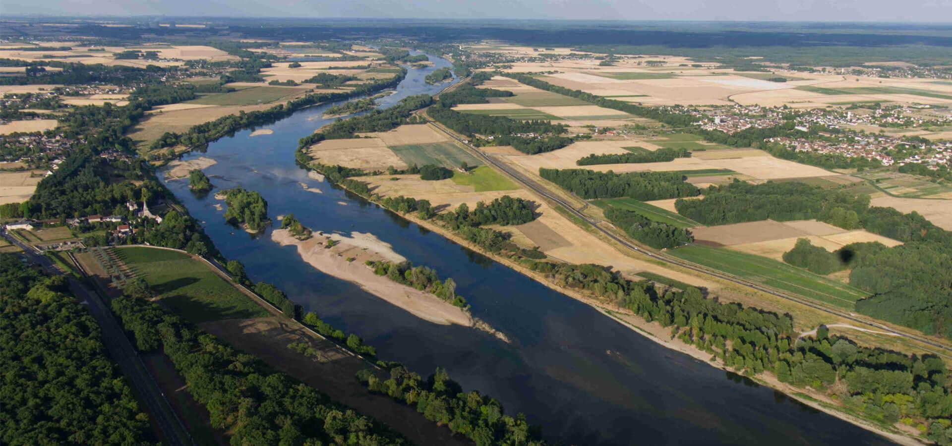 Survol de la vallée de la Loire en montgolfière entre Blois et Chambord